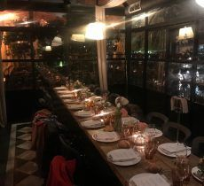 Mesa Presentación Pixi Beauty en Restaurante Arzabal
